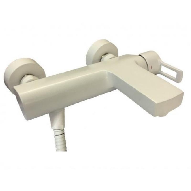 Фото - Смеситель для ванны Paffoni Ringo RIN022BO Белый матовый смеситель для раковины paffoni ringo rin081bo белый матовый