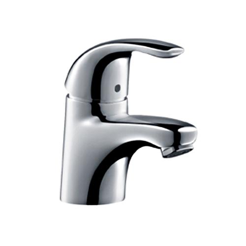 Focus E 31718000 ХромСмесители<br>Однорычажный, керамический узел смешивания, крепление рукоятки Boltic, ограничитель температуры воды, расход воды до 5 л/мин, аэратор QuickClean, донный клапан, подходит для проточных водонагревателей.<br>