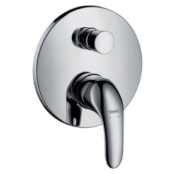 Focus E 31744000 ХромСмесители<br>Однорычажный. Наружная часть. В набор входят: рукоятка, гильза, розетка, переключатель, функциональный блок, керамический узел смешивания, крепление рукоятки Boltic, ограничитель температуры воды, автоматическое переключение душ/ванна.<br>