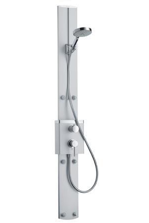 Raindance S 27005000 хромДушевые панели<br>Душевая панель. Плоский корпус из алюминия 33 мм, встроенный паз для регулируемого и самофиксирующегося держателя душа, термостат Quattrostat с запорным/переключающим вентилем, 5 позиций, 6 боковых форсунок с обычной струей, ручной душ Raindance S 150 AIR 3jet (28519000), шланг Isiflex 1,60 м (28276000).<br>