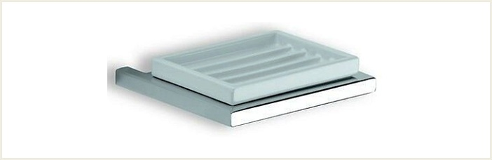 Xoni XO01 ХромАксессуары для ванной<br>IBB Xoni XO01 мыльница керамическая. Цвет хром.<br>