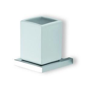 Xoni XO02 ХромАксессуары для ванной<br>IBB Xoni XO02  стакан с держателем керамический. Цвет хром.<br>