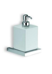 Xoni XO01D ХромАксессуары для ванной<br>IBB Xoni дозатор для мыла керамика XO01D. Цвет хром.<br>