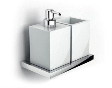 Xoni XO24D ХромАксессуары для ванной<br>IBB Xoni держатель для стакана с дозатором, керамика XO24D.<br>