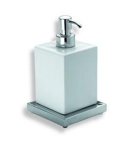 Xoni XO21D ХромАксессуары для ванной<br>IBB Xoni дозатор настольный XO21D. Цвет хром.<br>