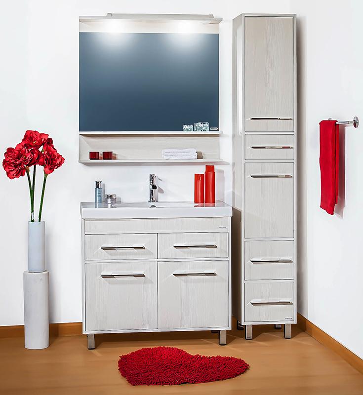 Чили 90 светлая лиственницаМебель для ванной<br>Тумба под раковину Бриклаер Чили 90 на ножках, с двумя распашными дверцами и одной полкой за ними, с двумя выдвижными ящиками, с вытянутыми хромированными ручками, выполнена стиле минимализма. Корпус и фасад выполнены из ЛДСП в почти белом древесном декоре. Тумба предназначена для использования во влажных помещениях и рассчитана на воздействие с влажным воздухом, но для того, чтобы она служила долго, необходимо исключить прямой залив водой любых её частей, кроме раковины. Цена указана за тумбу. Раковина и все остальное приобретается дополнительно.<br>