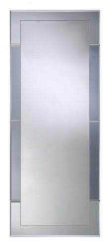 Velvet IV 500x800 ГрафитМебель для ванной<br>Dubiel Vitrum Velvet IV 600х770 зеркало в зеркальной раме для ванной комнаты. С двумя тёмными полосками из графитного зеркала. <br>Края зеркала в виде уголков состоят из зеркальных элементов, приклеенных к основанию. Крепления (крюки) приклеены к задней стороне зеркала.<br>