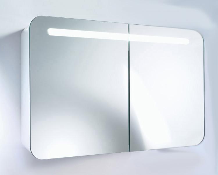 PuraVida 9425 85 С подсветкойМебель для ванной<br>Вместительный Зеркальный шкаф Duravit PuraVida 9425 85. выключатель (Touch LED) внизу посредине, одновременно ночная подсветка и сенсор дневного света, задняя стенка внутри с зеркалом, 1 розетка с крышкой (цвет: хром) на верхней полке, 1 люминесцентная трубка T5 21 W 835 ,корпус зеркального шкафчика лакирован со всех сторон.<br>