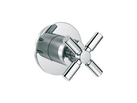 250 4510 ХромСмесители<br>Запорный вентиль Steinberg 250 4510, 1/2 для горячей воды с керамическим вентилем на 90 градусов, в комплекте со скрытым корпусом и уплотнительной монжетой. Цвет хром.<br>
