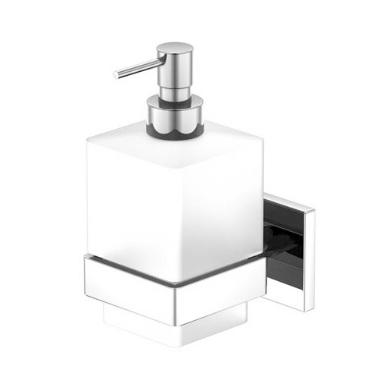 450 8000 ХромАксессуары для ванной<br>Дозатор для жидкого мыла Steinberg 450 8000. Цвет хром.<br>