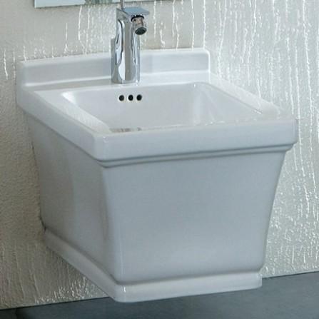 7056/1 БелоеБиде<br>Биде Disegno Ceramica Neo 7056/1 подвесное, крепление в комплекте.<br>