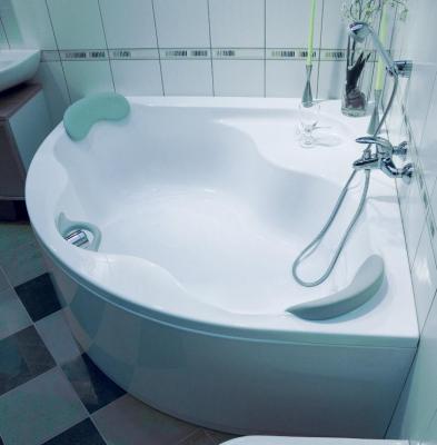 NewDay 140 Белая PU-Plus 140Ванны<br>Акриловая ванна Ravak NewDay C671000000 140x140 угловая с широкими бортиками. Технология PU Plus - замена слоя стекловолокна, который укрепляет акриловую ванну, жесткой полиуретановой пеной. Цвет белый.<br>
