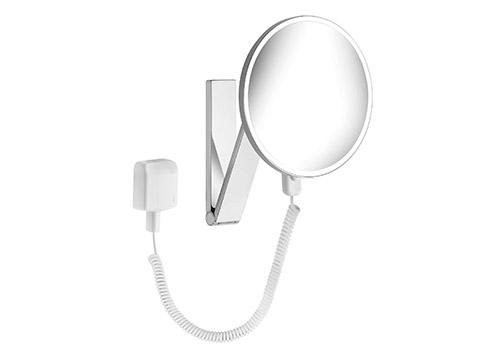 iLook move  17612 019001 ХромАксессуары для ванной<br>Keuco iLook move  17612 019001 косметическое зеркало с подсветкой. Одностороннее, вогнутое.  На кронштейне с шарниром, регулируется в трех плоскостях. Фактор увеличения x 5. <br>Подсоединение к электропитанию через через встроенный в стену трансформатор (230 В ) и спиралевидный кабель (400 мм).  Подсветка: 1 x 4,5 Вт светодиод.<br>