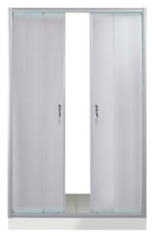 Dreike 150 МТ Матовое стекло/профиль матовый хромДушевые ограждения<br>Дверь для душа 4-х секционная River Dreike 150 МТ  раздвижная (боковые секции - неподвижные, центральные секции - раздвижные). Укомплектована саморегулирующимися роликами. Возможна регулировка ширины двери + 2 см от размера за счет регулировочных боковых профилей.<br>
