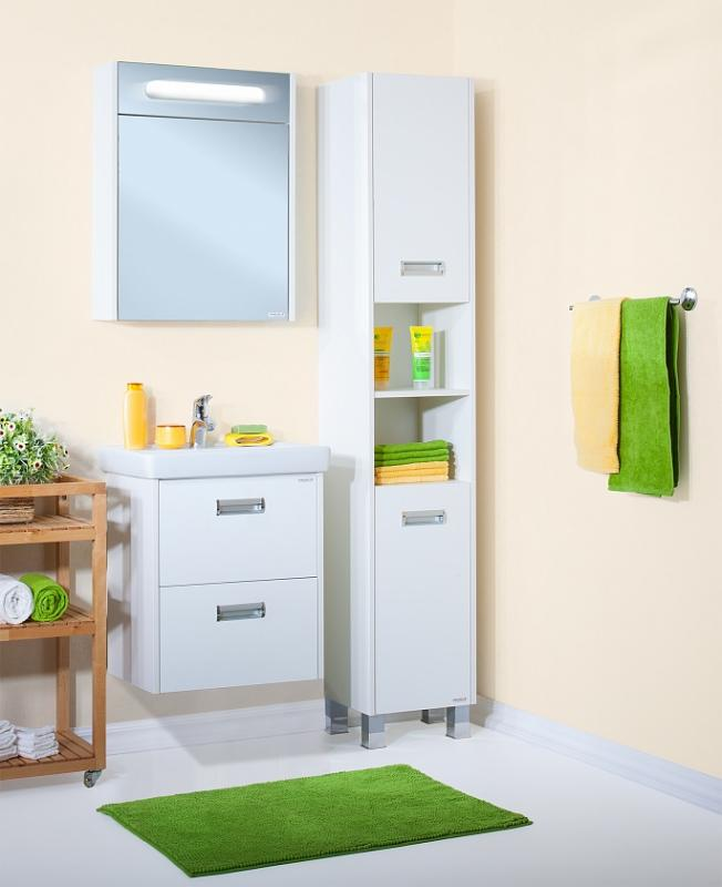 Палермо 55 подвесная БелаяМебель для ванной<br> Тумба под раковину Бриклаер Палермо 55 УТ-00006189. <br> Габариты тумбы: 55 x 55 x 49,5 см. <br> Дизайн: олицетворение простоты и свежести.  <br>Технические характеристики: <br> прямоугольная, подвесная,<br>материал корпуса и фасада: ЛДСП лак, глянец,<br>покрытие: лак/глянец,<br> 2 выдвижных ящика, <br> для установки сифона верхний ящик разделен на две части, <br> фурнитура: 2 металлические ручки, направляющие с доводчиками,<br>цвет: белый глянец.<br>