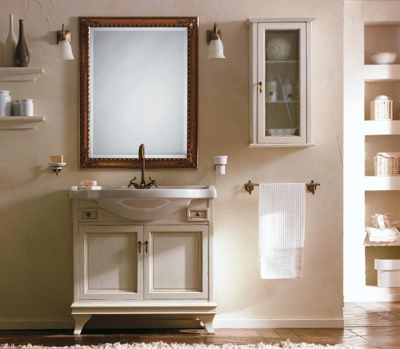 Marriot 90 Белый с патиной/хромМебель для ванной<br>Комплект мебели для ванной Labor Legno Marriot, база под раковину с 2 распашными дверцами и выдвижными ящиками 825х330х820 мм, зеркало 665х920 мм и светильник. Цвет белый с патиной/хром.<br>
