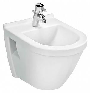 Arkitekt 6231B003-0290 подвесное БелоеБиде<br>Биде Vitra Arkitekt 6231B003-0290 подвесное.<br>Современный дизайн изделия прекрасно впишется в интерьер любой ванной комнаты.<br>Материал: санфарфор толщиной 18 мм, не впитывающий грязь.<br>Одно отверстие под смеситель.<br>