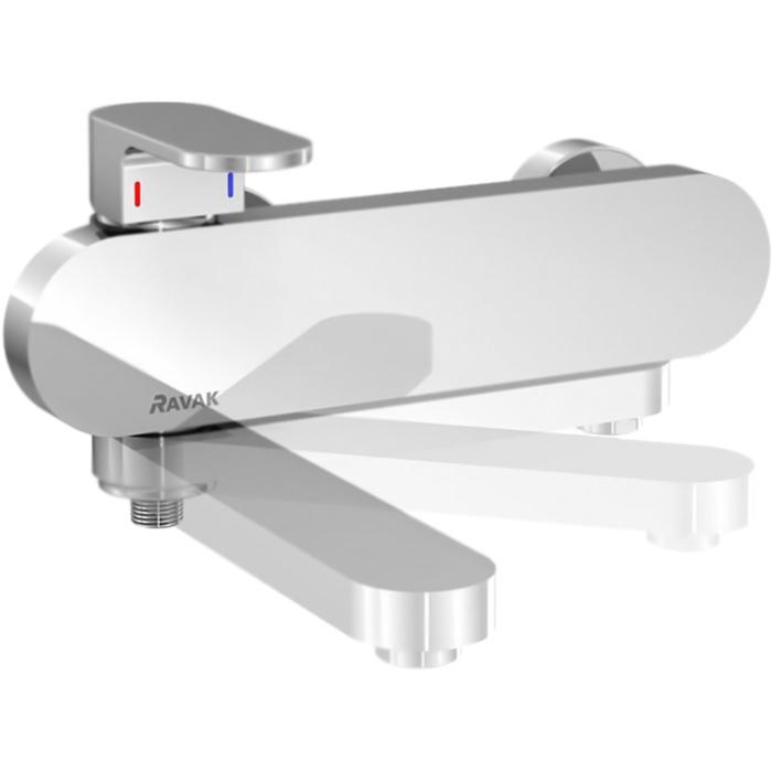 Chrome CR 022.00 150 X070042 ХромСмесители<br>Настенный смеситель для ванны Ravak Chrome CR 022.00 150 X070042 однорычажный, с аэратором, с уникальным поворотным изливом, монтируемый в два отверстия.   <br>Дизайн: студия NosalDesign.<br>Минималистичные и округлые линии.<br>Ручка и излив на стороне подачи горячей воды.<br>Отсутствие нагрева корпуса.<br>Покрытие: глянцевый хром.<br>Материал: качественная латунь.<br>Поворотный излив: L 19,2 см.<br>Простая очистка аэратора от водного камня.<br>Механизм: керамический картридж, D 3,5 см.<br>Переключатель: на душ - нажать рычаг, на излив - повернуть излив.<br>Стандарт подключения: G 1/2.<br>Расстояние между центрами креплений: 15±2 см.<br>В комплекте поставки:<br>смеситель;<br>комплект креплений.<br>