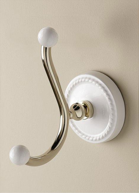 Dorothy DOR413OT Белый/золотоАксессуары для ванной<br>Крючок Devon &amp; Devon Dorothy для ванной комнаты. Материал: латунь, керамика. Оснащение: крепления.<br>