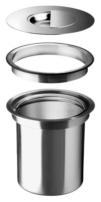 Solon 512472 нержавеющая стальКухонные мойки<br>Контейнер для мусора Blanco Solon 512472 комплектуется рамой, крышкой и ведром на 7 литров из нержавеющей стали. Монтаж в один уровень с гранитной столешницей. Удобная работа - между ведром и поверхностью нет никаких преград. В комплекте: рама, крышка и ведро.<br>