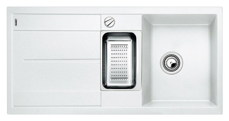 Metra 6 S 513046 белаяКухонные мойки<br>Кухонная мойка Blanco Metra 6 S 513046 врезная, 2 чаши с крылом. Очень просторная основная чаша для мытья посуды больших размеров и просторная дополнительная чаша для оптимального комфорта. Для установки в шкаф шириной от 60 см. Возможна установка под столешницу. Нужно учитывать ширину пристеночного канта в случае установки мойки возле стены или пенала.<br>