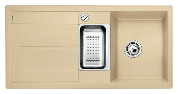 Metra 6 S 513939 шампаньКухонные мойки<br>Кухонная мойка Blanco Metra 6 S 513939 врезная, 2 чаши с крылом. Очень просторная основная чаша для мытья посуды больших размеров и просторная чаша для оптимального комфорта. Для установки в шкаф шириной от 60 см. Возможна установка под столешницу. Нужно учитывать ширину пристеночного канта в случае установки мойки возле стены или пенала.<br>