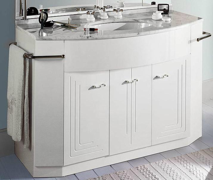 Paris PPL0/120 Белый/хромМебель дл ванной<br>База под раковину Labor Legno Paris с трем дверцами и полотенцедержателем. Цвет белый, фурнитура хром.<br>
