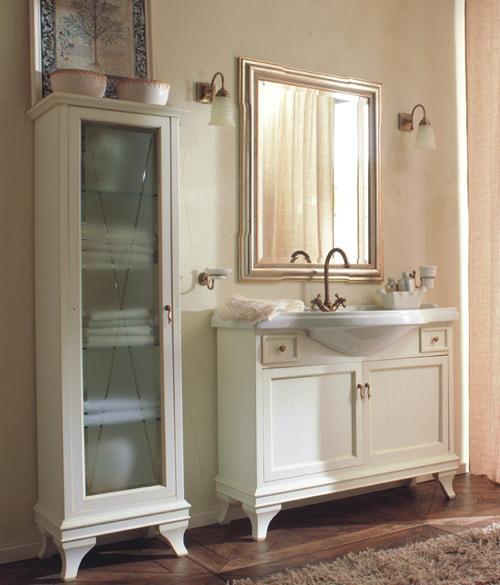 Marriot 105 Белый/хромМебель для ванной<br>Комплект мебели Labor Legno Marriot 105, тумба с двумя распашными фасадами и двумя выдвижными ящиками, раковина с 1 отверстием под смеситель и зеркало с двумя светильниками.<br>
