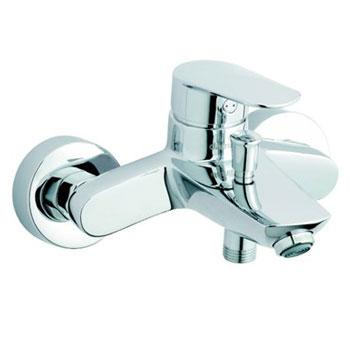 Clover 60100 ХромСмесители<br>Смеситель для ванны/душа Damixa Clover 60100. В комплекте: насадка-аэратор, заглушка для слива.<br>