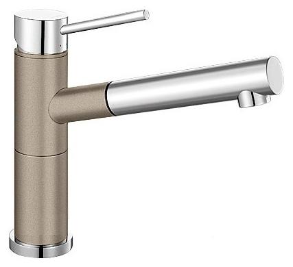 Alta-S Compact 517634 Хром/Серый бежСмесители<br>Blanko Alta 517634. Однорычажный смеситель для кухни с выдвижным изливом. Сочетает хромированную поверхность и инновационный материал Silgranit, цвет хром/серый беж, рычаг переключения расположен вверху над изливом. Керамический картридж. Гибкая подводка стандарта 3/8. Допустимая толщина столешницы: 45 мм. Длина излива: 200 мм. Высота излива: 155 мм. Вращение излива на 128 градусов. Два возвратных клапана, предотвращающих возврат воды. Стабилизирующая пластина для увеличения устойчивости смесителя.<br>