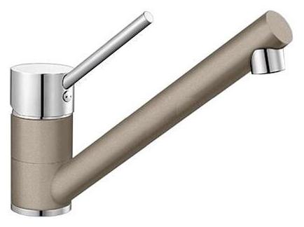 Antas 517639 Хром/Серый бежСмесители<br>Blanko Antas 517639. Однорычажный смеситель для кухни. Сочетает хромированную поверхность и инновационный материал Silgranit, цвет хром/серый беж, рычаг переключения расположен вверху над изливом. Керамический картридж. Гибкая подводка стандарта 3/8. Допустимая толщина столешницы: 40 мм. Длина излива: 208 мм. Высота излива: 139 мм. Вращение излива на 360 градусов. Запатентованный рассекатель, уменьшающий отложения налета от воды. Стабилизирующая пластина для увеличения устойчивости смесителя.<br>