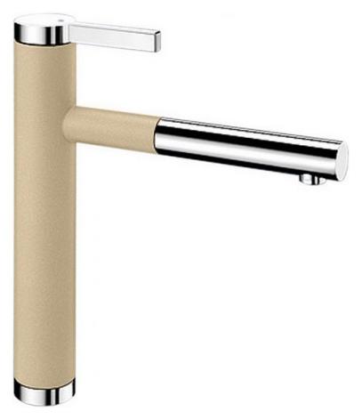 Linee-S 518443 Хром/ШампаньСмесители<br>Blanko Linee-S 518443. Однорычажный смеситель для кухни с выдвижным изливом. Сочетает хромированную поверхность и инновационный материал Silgranit, цвет хром/шампань. Шланг выдвижного излива в металлической оплетке. Керамический картридж. Гибкая подводка стандарта 3/8. Допустимая толщина столешницы: 40 мм. Длина излива: 208 мм. Высота излива: 190 мм. Вращение излива на 130 градусов. Возвратные клапаны, предотвращающие возврат воды. Запатентованный рассекатель, уменьшающий отложения налета от воды. Стабилизирующая пластина для увеличения устойчивости смесителя.<br>