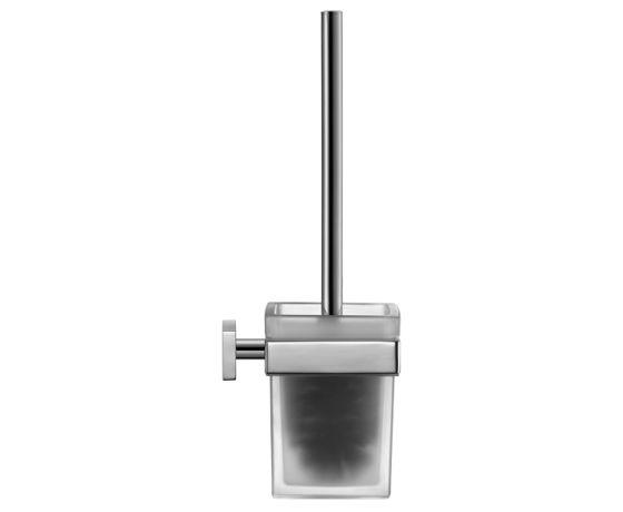 Karree 0099571000 ХромАксессуары для ванной<br>Ершик подвесной для ванной Duravit Karree 0099571000 выполнен в современном дизайне и квадратных формах. Стакан для ершика изготавливается из прочного матового стекла. Металлические элементы хромированные, выносливые, качественные. Высота всей конструкции составляет 39 см.<br>
