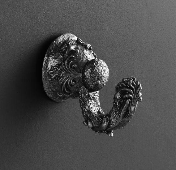 Sculpture AM-0682-T СереброАксессуары для ванной<br>Крючок Art &amp; Max Sculpture AM-0682-T.<br>