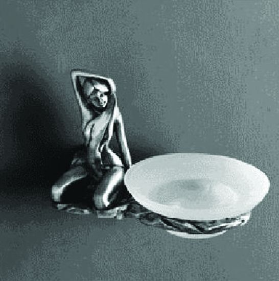 Juno AM-B-0715 СереброАксессуары для ванной<br>Держатель для мыльницы Art&amp;Max Juno AM-B-0715-T, мыльница выполнена из стекла.<br>