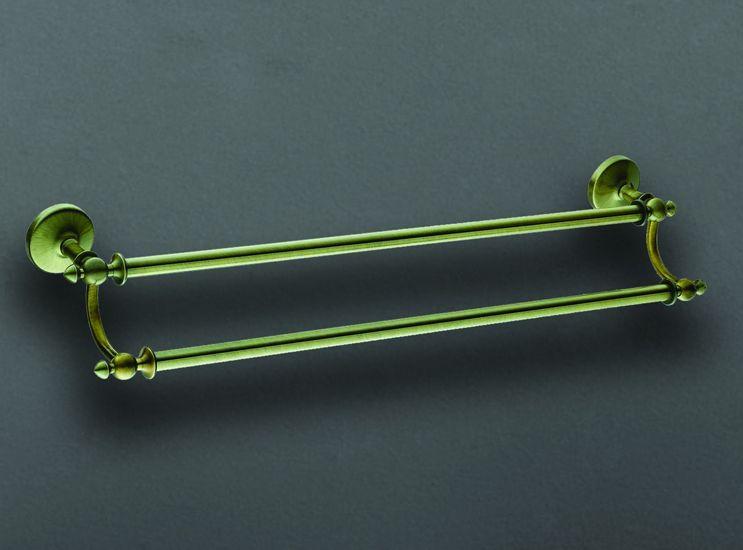 Antic AM-E-2648Q БронзаАксессуары для ванной<br>Двойной держатель для полотенец Art&amp;Max Antic AM-E-2648Q.<br>