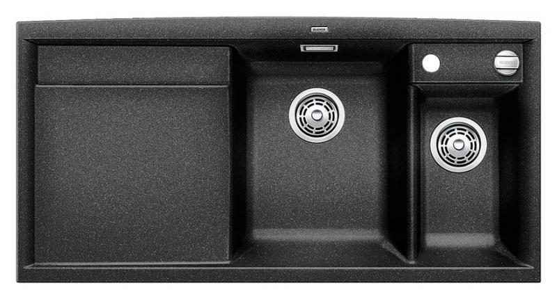 Axia II 6-S-F 516875 АнтрацитКухонные мойки<br>Кухонная мойка Blanco Axia II 6-S-F 516875 встраиваемая, прямоугольная, 2 чаши, 1 крыло. Монтаж вровень со столешницей. Для установки в шкаф шириной от 600 мм. Чаша большая (185 мм) по центру, небольшая (130 мм) дополнительная чаша с отдельным стоком для просушивания столовых приборов справа. В чашу устанавливается перфорированный коландер. 3 размеченных отверстия для смесителя или аксессуаров. Материал Silgranit PuraDur 2, система PuraDur 2 против грязи и налета на поверхности мойки, система против царапин на поверхности мойки. Отводная арматура с автоматическим клапаном 3 1/2 для большой чаши, отводная арматура с корзинчатым вентилем 1 1/2 для маленькой чаши. Профиль для вертикального хранения разделочной доски. Разделочная доска скользящая из безопасного стекла в комплекте.<br>