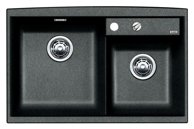 Axia II 8 516882 АнтрацитКухонные мойки<br>Кухонная мойка Blanco Axia II 8 516882 накладная, прямоугольная, 2 чаши,  Монтаж на столешницу. Для установки в шкаф шириной от 800 мм. 3 размеченных отверстия для смесителя или аксессуаров. Материал Silgranit PuraDur 2, перелив система C-overflow, система PuraDur 2 против грязи и налета на поверхности мойки, система против царапин на поверхности мойки. Отводная арматура с двумя корзинчатыми вентилями 3 1/2, автоматический клапан 3 1/2 для большой чаши.<br>