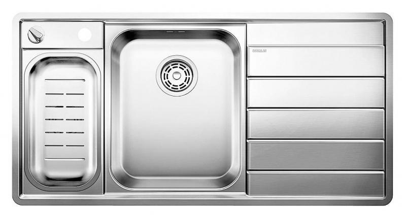 Axis II 6-S-IF 516530 Нержавеющая сталь с зеркальной полировкойКухонные мойки<br>Кухонная мойка Blanco Axis II 6-S-IF 516530 прямоугольная, 2 чаши, 1 крыло. Чаша большая по центру, маленькая слева. В чашу устанавливается многофункциональный коландер из нержавеющей стали. Глубина чаш 175/110 мм. Монтаж на столешницу или в один уровень со столешницей. Отводная арматура с автоматическим клапаном 3 1/2 для большой чаши, отводная арматура с корзинчатым вентилем 1 1/2 для маленькой чаши. Для установки в шкаф шириной от 600 мм. Профиль для вертикального хранения разделочной доски. Мойка сделана из нового типа нержавеющей стали, плоский кант, система против царапин, система против грязи и налета на поверхности мойки. Доска разделочная скользящая из безопасного стекла.<br>