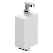 Living LV500201 Белый ХромАксессуары для ванной<br>Дозатор жидкого мыла с настенным держателем Webert Living LV500201015.<br><br>Материал емкости: керамика.<br>Помпа и держатель: материал - металл, покрытие - глянцевый хром.<br><br>