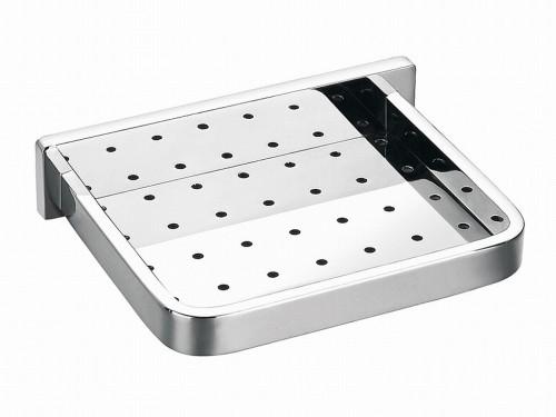 Maxima AM-F-8919 ХромАксессуары для ванной<br>Подвесная мыльница Art&amp;Max Maxima AM-F-8919, размером 40х33 см. Современная модель с хромированным покрытием поверхности изготавливается из металлического сплава.<br>