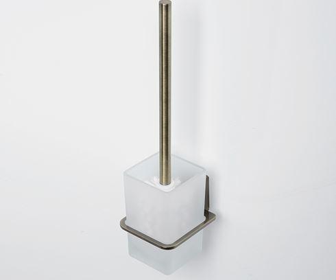 Exter K-5227  Светлая бронзаАксессуары для ванной<br>Щетка для унитаза подвесная WasserKraft Exter К-5227. Крепление и ручка изготовлены из металла, имеют покрытие светлая бронза, стакан их матового стекла.<br>