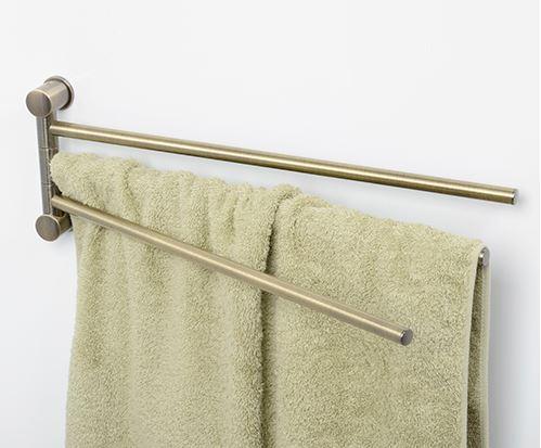 Exter K-1533  Светлая бронзаАксессуары для ванной<br>Держатель полотенец тройной WasserKraft Exter K-1533. Изготовлен из металла, имеет покрытие светлая бронза.<br>