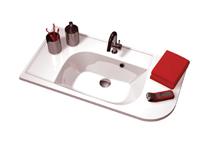 """Praktik S белая LРаковины<br>Раковина Ravak Praktik S. Поставляется с отверстием 35 мм под смеситель. Поверхность расположенная ниже, так называемая """"мокрая"""" зона, предназначена для размещения мокрых предметов (мыло, зубная щетка), поверхность расположенная выше - """"сухая"""" зона - для предметов, не контактирующих с водой.<br>"""
