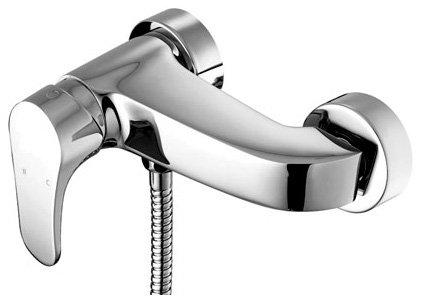 Shift LM4333C ХромСмесители<br>Смеситель для ванны и душа Lemark Shift LM4333C, хром. Подвижные круглые декоративные отражатели. Металлическая рукоятка.<br>