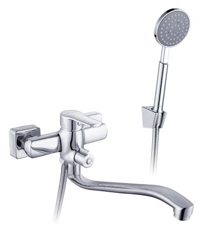 I35-34 ХромСмесители<br>Смеситель Rossinka I35-34 для ванны. В комплекте:Пластиковый аэратор с функцией легкой очистки, керамический картридж 35 мм, переключатель с керамическими пластинами. Аксессуары в комплекте (шланг 1,5 м, настенное крепление, 1-функциональная лейка с функцией легкой очистки) Присоединительная группа (эксцентрики с отражателями) для вертикального крепления<br>