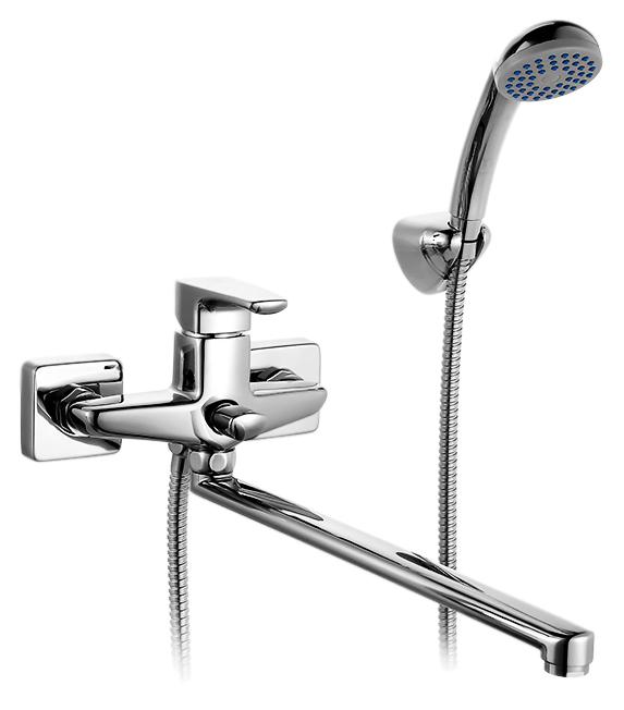 Labrador LABSBL0M10 хромСмесители<br>Смеситель для ванны Milardo Labrador LABSBL0M10 с душевым гарнитуром, из латуни высокого качества ГОСТ 17711-93 и с многослойным, стойким к истиранию никель-хромовым покрытием корпуса. Длинный поворотный излив, 360 градусов. Съемный пластиковый аэратор обеспечивает ровную струю, мягкий и экономичный поток воды. Долговечный керамический картридж, диаметром 35 мм. Фиксируемый переключатель ванна/душ. Смесители коллекции Labrador отражают нордический характер северных широт, где расположено море Лабрадор, давшее коллекции имя. Прямые линии, прямоугольные формы, острые грани создают сдержанный образ, подчеркивая надежность и функциональность смесителей. Цена указана за смеситель, душевую лейку, шланг из нержавеющей стали и настенный держатель. Все остальное приобретается дополнительно.<br>