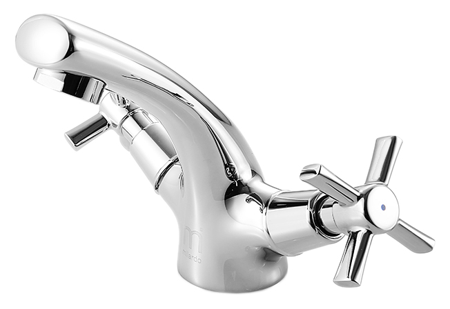 Ontario ONTSB00M01 хромСмесители<br>Смеситель для раковины Milardo Ontario ONTSB00M01, из латуни высокого качества ГОСТ 17711-93 и с многослойным, стойким к истиранию никель-хромовым покрытием корпуса. Съемный пластиковый аэратор обеспечивает ровную струю, мягкий и экономичный поток воды. Долговечные керамические кран-буксы с углом поворота 180 градусов. Цена указана за смеситель, гибкую подводку и комплект крепления. Все остальное приобретается дополнительно.<br>