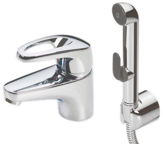 Safira 1012F ХромСмесители<br>Смеситель для раковины Oras Safira 1012F, однорычажный, с гигиеническим душем Bidetta. Встроенные опции ограничения температуры и напора воды, гибкая подводка, расход воды 8,4 л/мин, шаровый картридж. Двухкомпонентная прочная рукоятка обеспечивает удобство использования.<br>