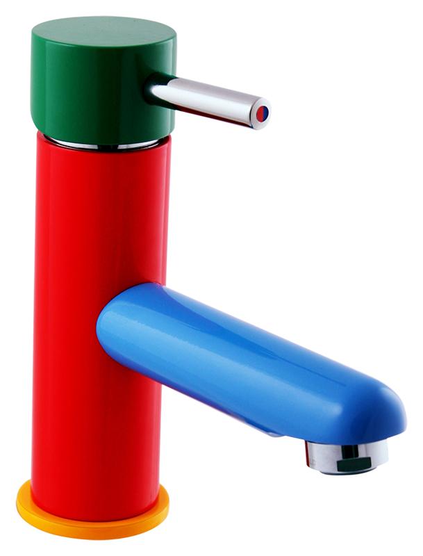 Seina Junior SE426.5 красный с зеленым и синимСмесители<br>Смеситель дл раковины Rav Slezak Seina Junior SE426.5 однорычажный, с донным клапаном. Металлическа рукотка. Аратор Neoperl представлет собой ситечко антикальк с резиновой насадкой, специальна конструкци ситечка позволет кономить расход воды и упрощает чистку известкового налёта. Качественный керамический картридж 35 мм Kerox, производство Венгри, гарантирует долговечность и мгкий поток воды. Гибка подводка G1/2, длиной 350 мм. В комплекте смеситель, гибка подводка и креплени.<br>